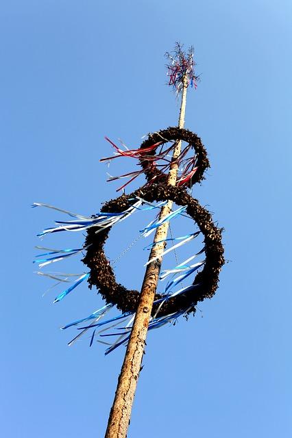 Free maypole festival custom ritual bavaria blue sky