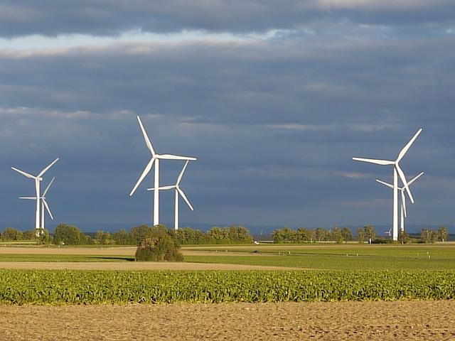 Free windräder wind power landscape sky dark clouds