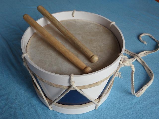 Free drum wooden drum instrument children toys schlegel