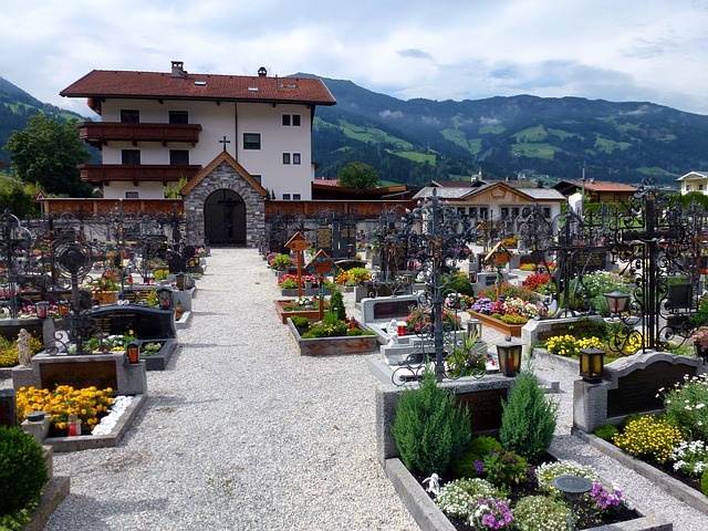 Free uderns austria buildings village cemetery flowers