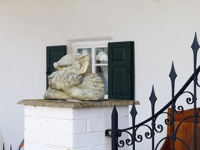 Free statue garden statue wolf dog grim sullen bored