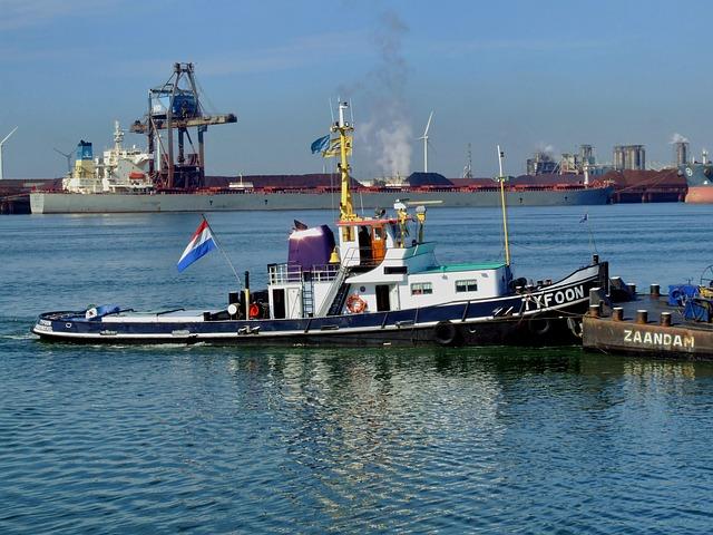 Free rotterdam netherlands tug tugboat pushing ships