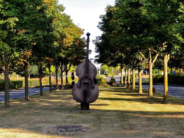 Free truchtersheim france violin monument sculpture