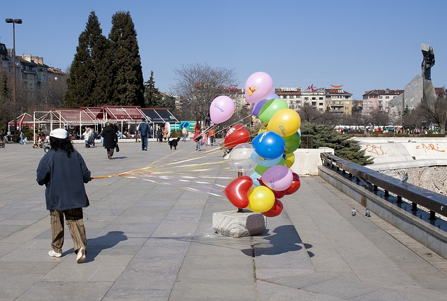 Free sofia balloons wind balloon road