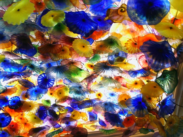 Free chihuly glass sculpture ceiling bellagio hotel
