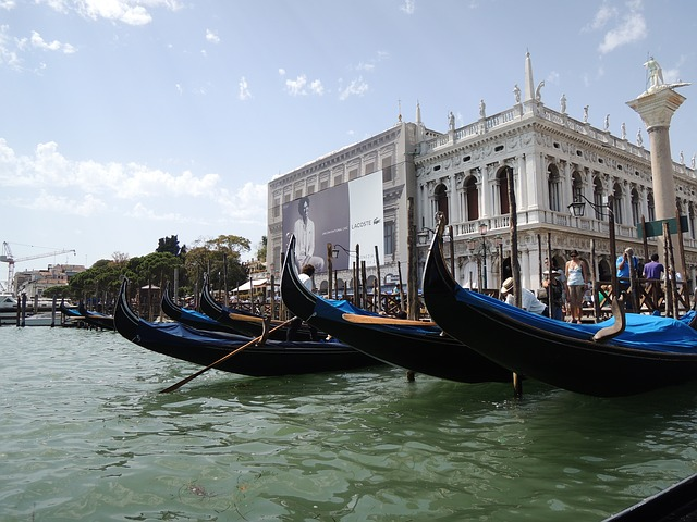 Free venice taly gondola water san marco boating