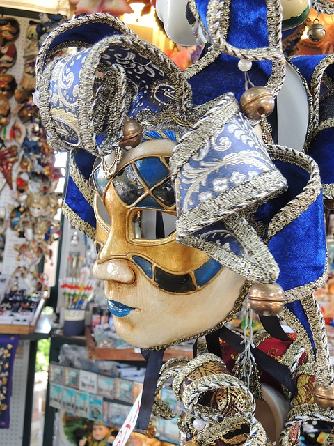 Free venice taly mask blue face carnival
