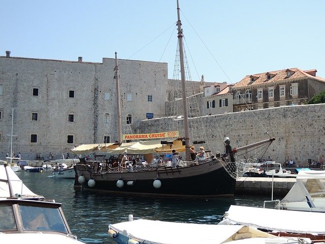 Free croatia dubrovnik city boat old town pirate ship