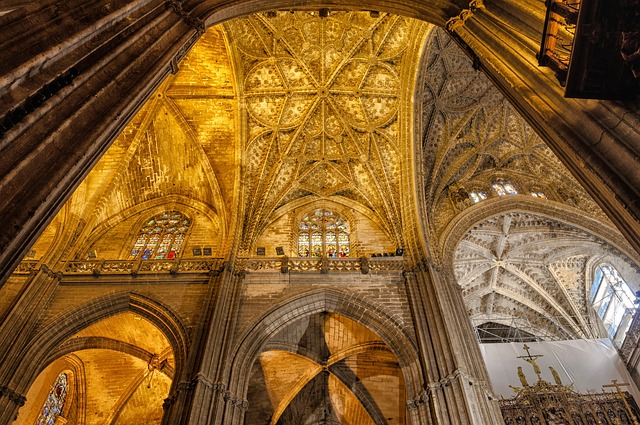 Free seville spain cathedral church inside interior