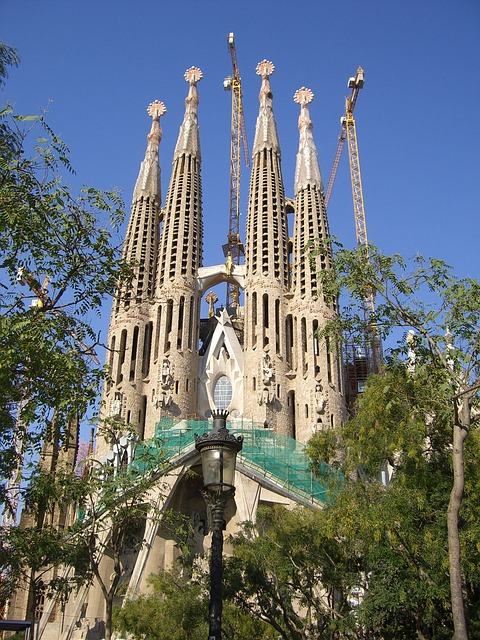 Free spain catalonia barcelona gaudi architecture