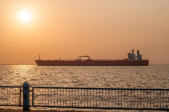 Free maracaibo venezuela sunrise ship oil tanker