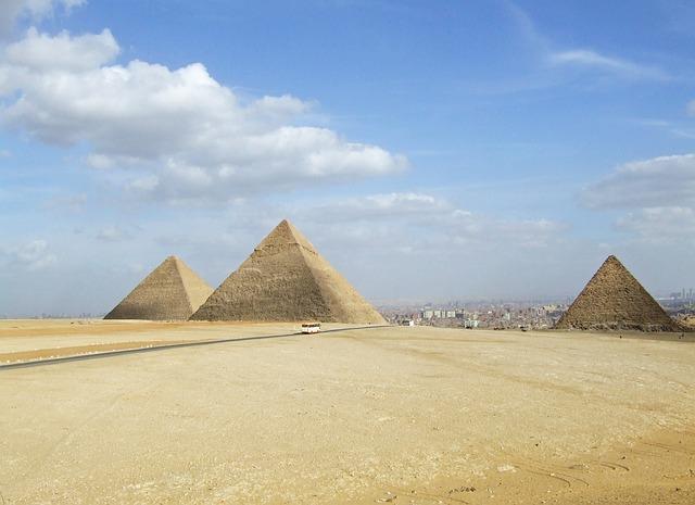Free egypt pyramids pharaonic desert egyptians nile