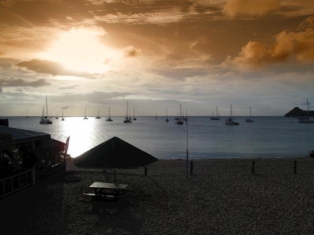 Free eastern caribbean sunset sea ocean water boats