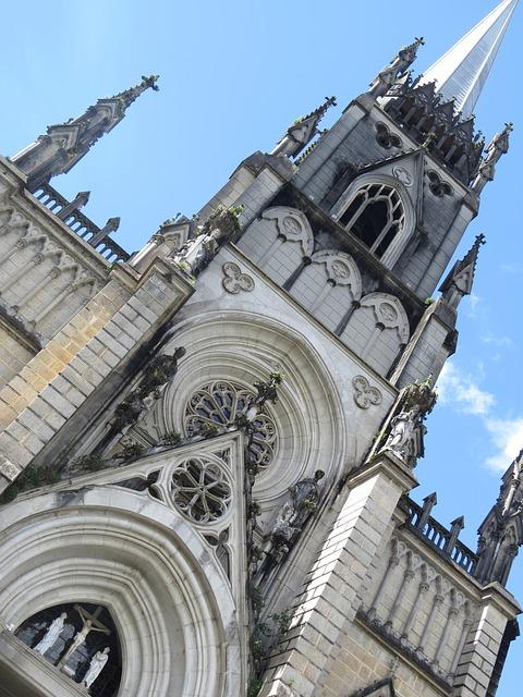 Free cathedral are pedro de alcântara petrópolis
