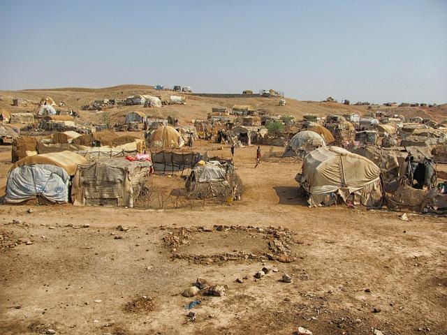 Free eritrea landscape tents huts refugee camp somalis