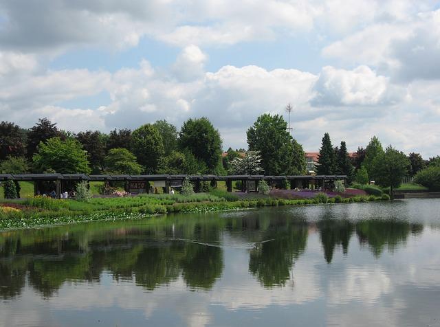 Free weiskirchen saarland kurpark water pond portico