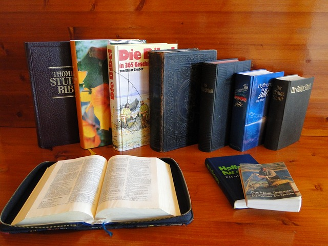 Free bible the holy book christianity holy biblical