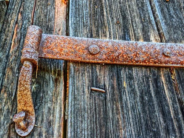 Free rusty butt hinge hinge articulation wood door