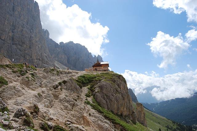 Free mountain mountains dolomites italy hiking trekking