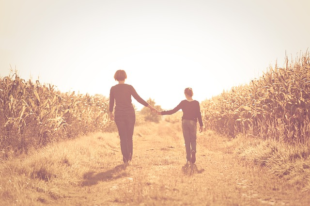 Free mother daughter field friendship