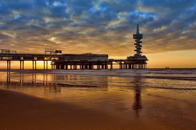 Free Photos:               sunrise the sky reflection | Edi Nugraha