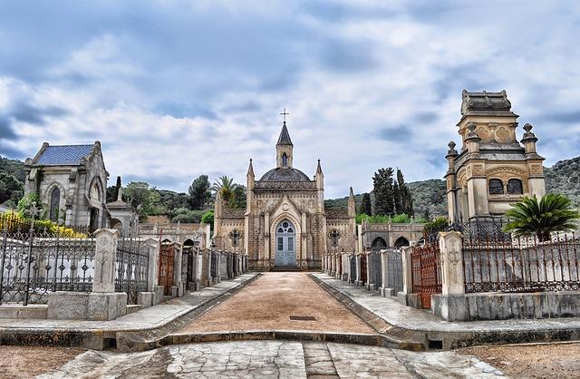 Free sant feliu de guixols spain cemetery mausoleum