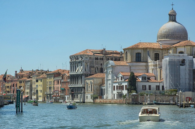 Free venice italy scenic grand canal boats buildings