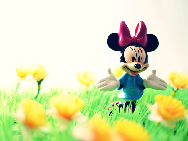Free micky mouse toy happy walt disney spring laughing