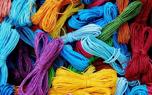 Free cords packthread strings colors