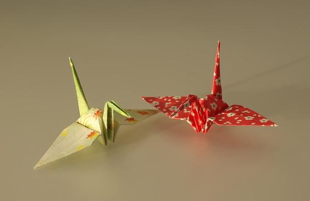 Free origami cranes paper shapes art artistic macro