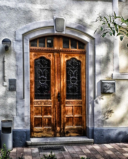 Free frankfurt am main germany door doorway wood wooden