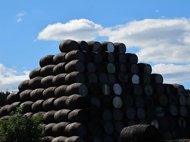 Free barrels beverages storage