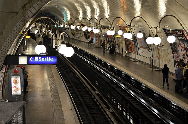 Free metro paris transportation subway