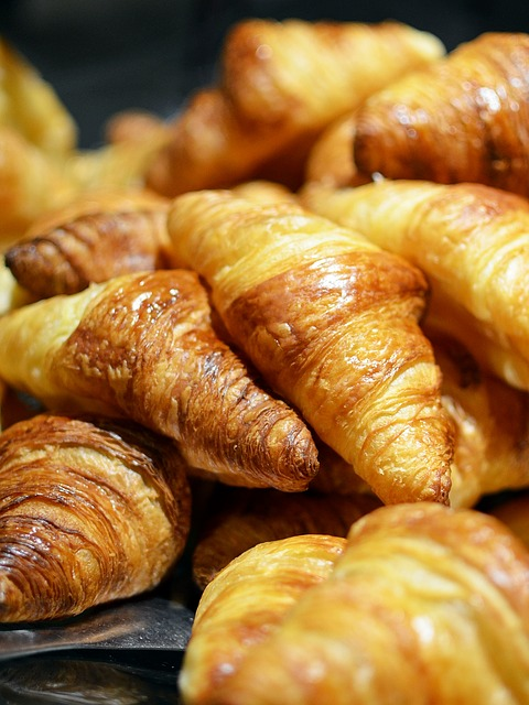 Free                croissant bread food breakfast france paris