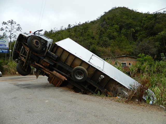 Free accident truck cart br tumbled truck tumbled