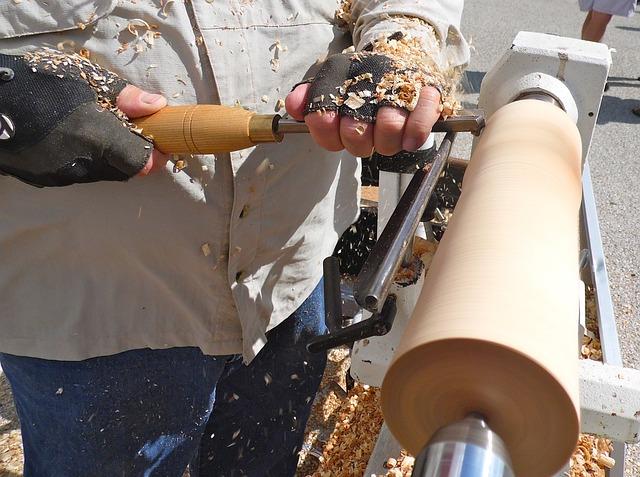 Free woodworker artisan craftsman cutting tool carving