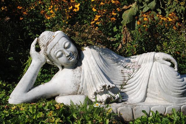 Free buddha statue fig sculpture stone figure art