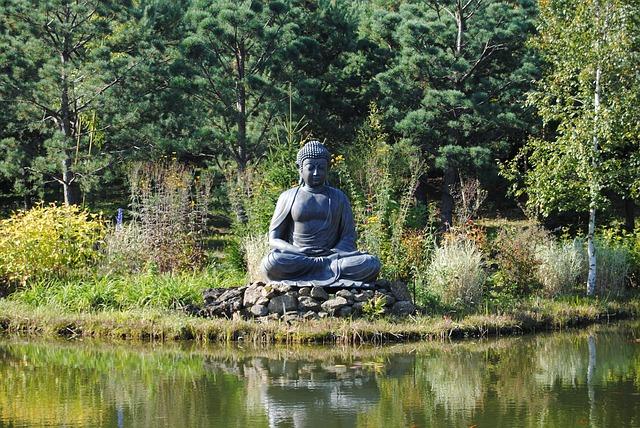 Free buddha deity himalayan park nepal himalayas