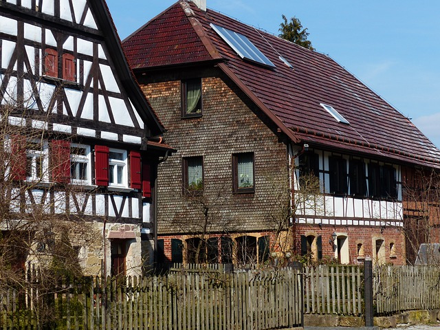 Free Photos: Home fachwerkhaus farmhouse hof farm building | Hans Braxmeier