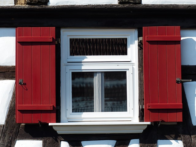 Free home truss fachwerkhaus window shutter red clean