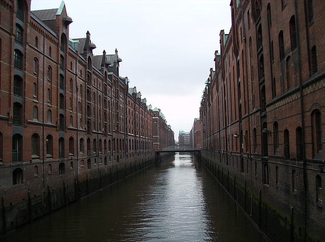 Free homes building architecture hamburg city river