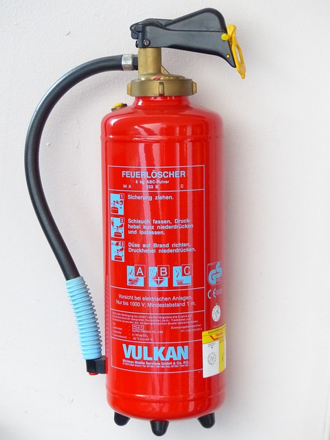 Free fire extinguisher fire delete protection red