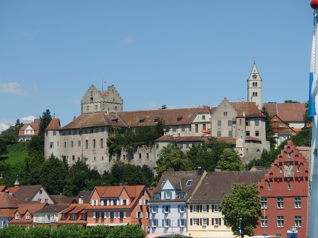 Free city castle closed fortress meersburg view winery