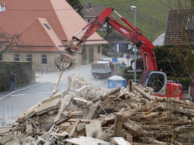 Free home demolition work excavators site
