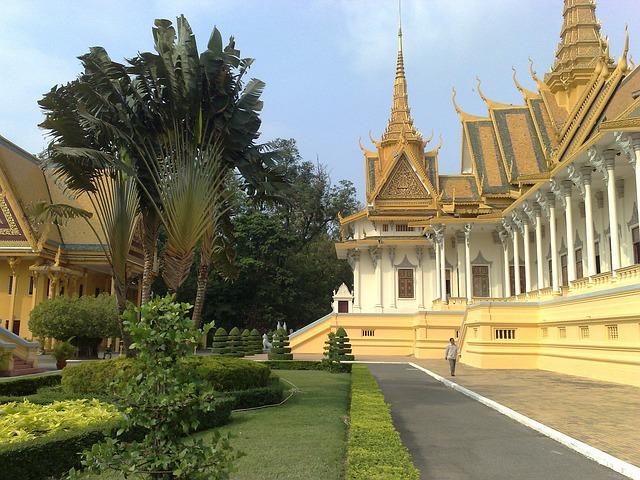 Free phnom penh cambodia royal palace building landmark