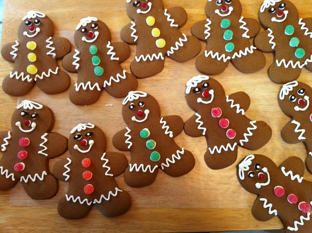 Free Photos: Gingerbread gingerbread men cookies christmas bake | Peggy Reimers