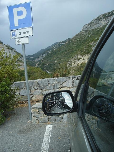 Free broken mirror auto italy car park outlook