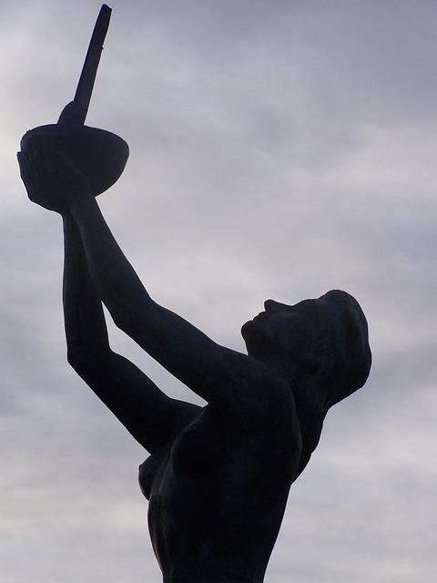 Free angeles de san rafael golf sculpture segovia spain