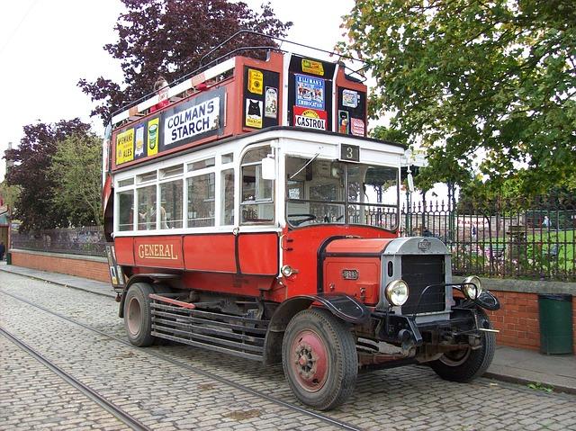 Free open top bus transportation bus travel vehicle