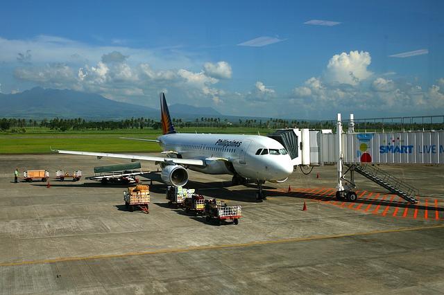 Free philippines airport plane jet airbus 300